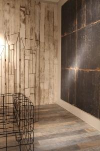 Sant'Agostino - ceramica effetto legno
