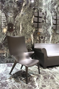 poltrona Uncle Jim e divano Bubble Club - Philippe Starck for Kartell