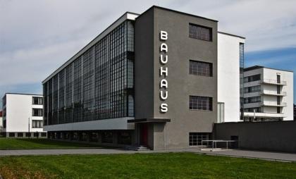 Edificio del Bauhaus - Dessau, Germania - 1925